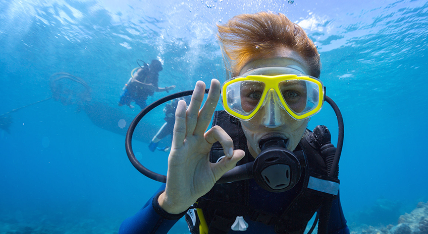 Going diving? Take Noni with you!