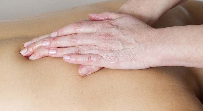5 Tips to Use Noni for Massage