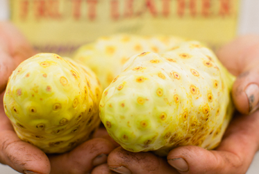 5 Reasons to Switch to Raw Noni